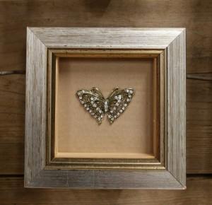 framedbrooch
